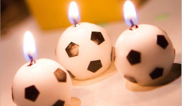 Свечи в виде мячей
